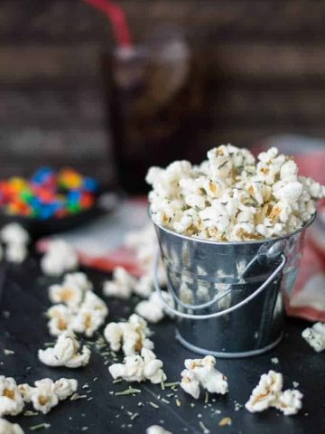 rosemary + parmesan gourmet popcorn | superman cooks