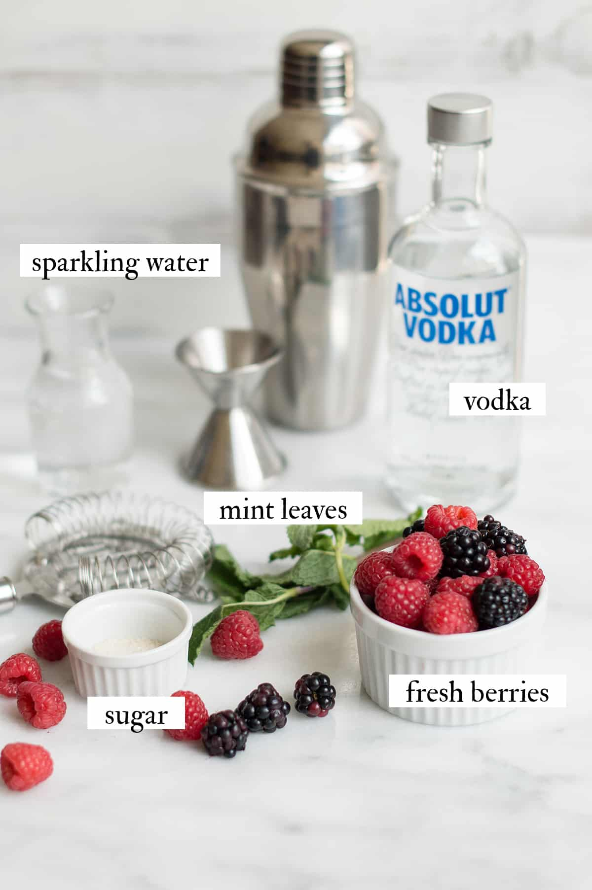 ingredients for berry mojitos