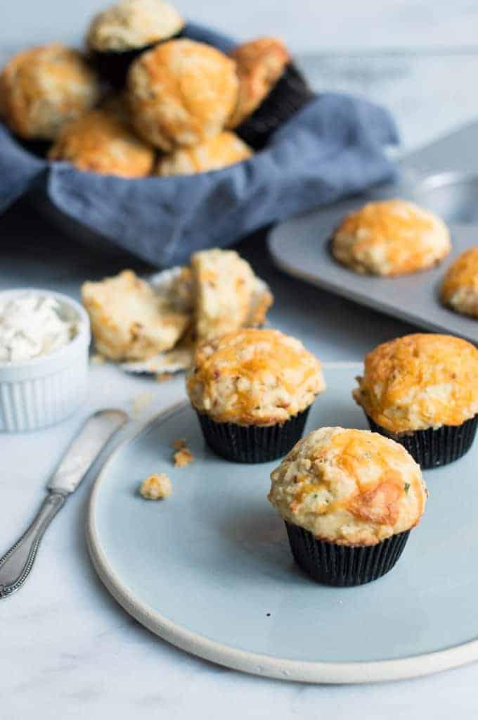 chipotle cheddar cornbread muffins   superman cooks