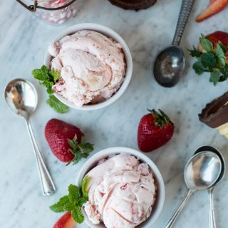 strawberry balsamic ice cream | superman cooks