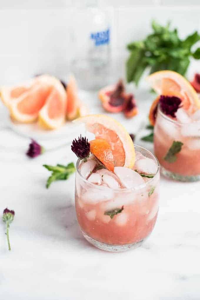 pink grapefruit sangria cocktail | superman cooks