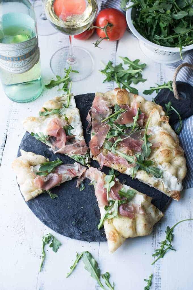 grilled prosciutto & arugula pizza | superman cooks