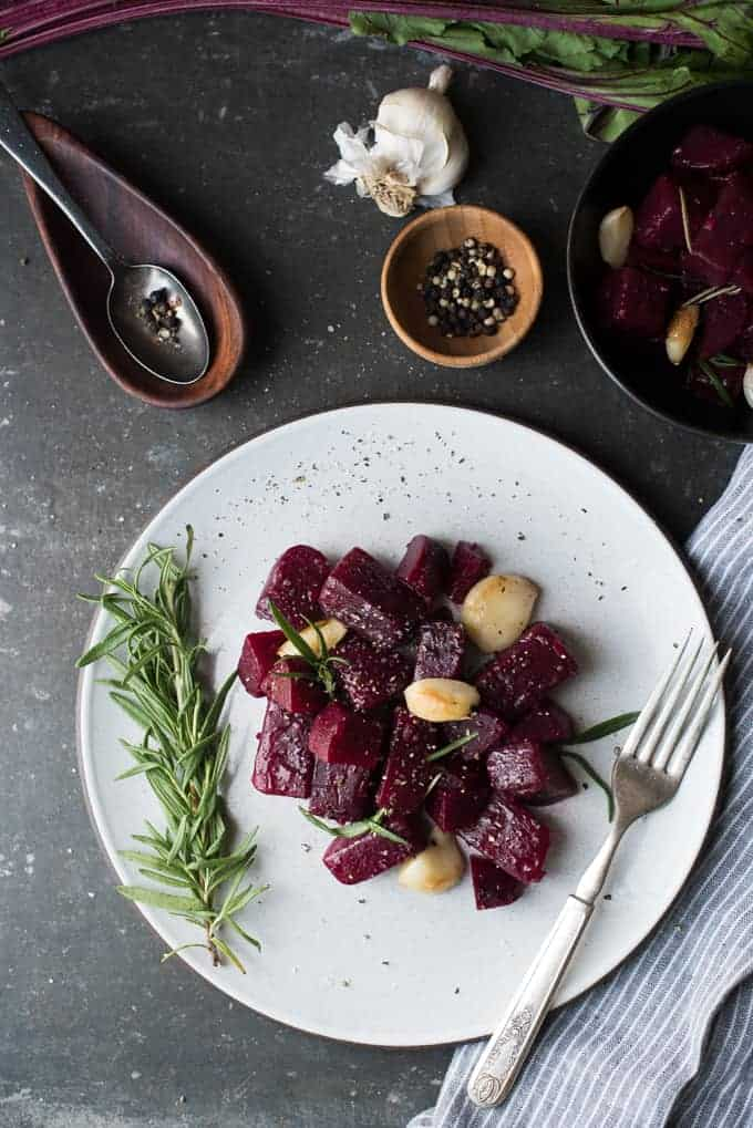 roasted beets with sherry shallot vinaigrette | superman cooks