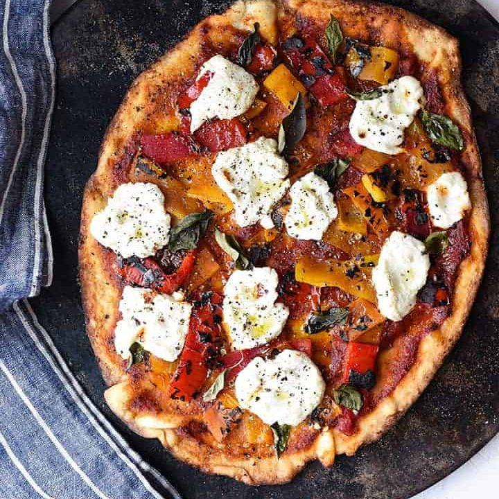 roasted pepper pizza with arrabbiata sauce | superman cooks